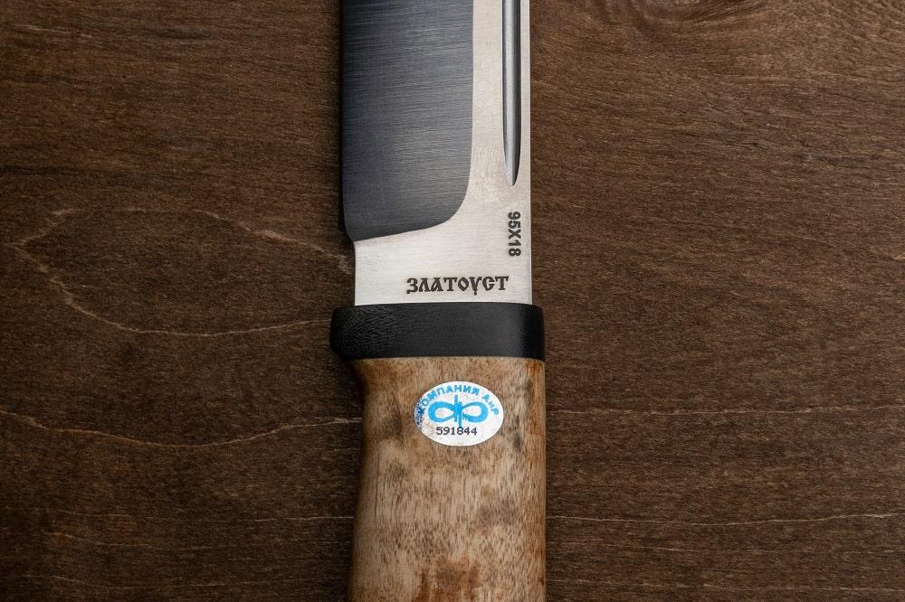 Фото охотничьего ножа «Таёжный» баланс ножа