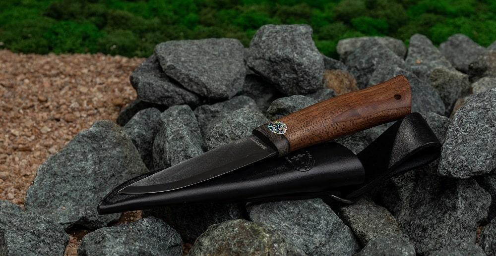 Фото охотничьего ножа Кузюк баланс