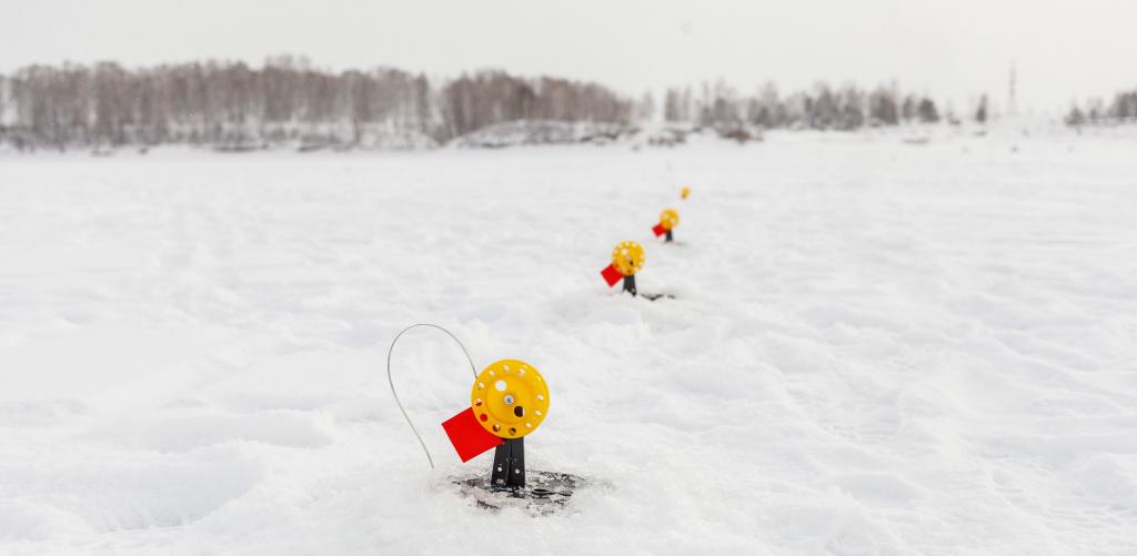 Зимняя рыбалка на жерлицы.